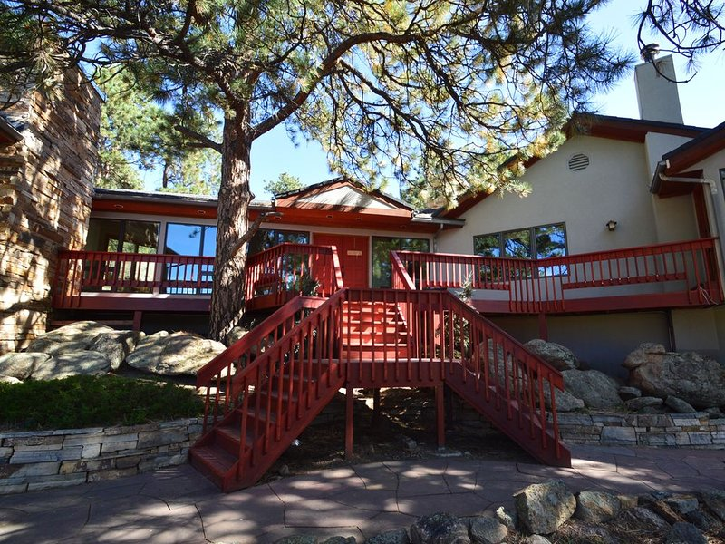Evergreen Mountain Retreat, vacation rental in Evergreen