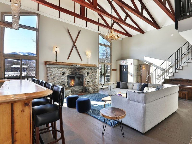 Rent An Entire Inn! Highline Lodge Vacation Rental, location de vacances à Killington