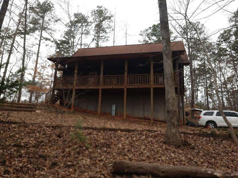 Cozy Cabin perfect for Football weekends!, location de vacances à Clemson