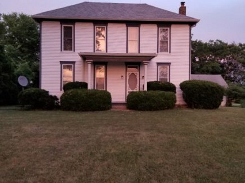 Historic Bed and Breakfast in Sheridan, Indiana, holiday rental in Carmel