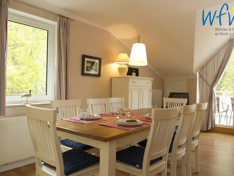 Wunderschöne Ferienwohnung mit Süd-Loggia!, casa vacanza a Göhren