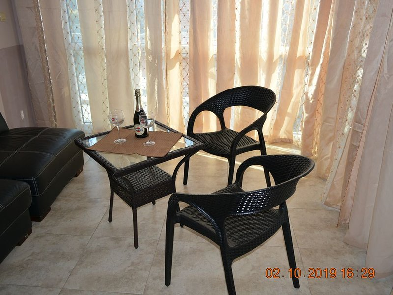 Nessebar VIP Apartment 512 with seaview and 100 away from the beach and old town, vacation rental in Nessebar