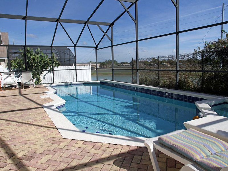 A Plus Vacation home 5 bed 4 bath in Indian Creek 3 miles to Disney, holiday rental in Walt Disney World