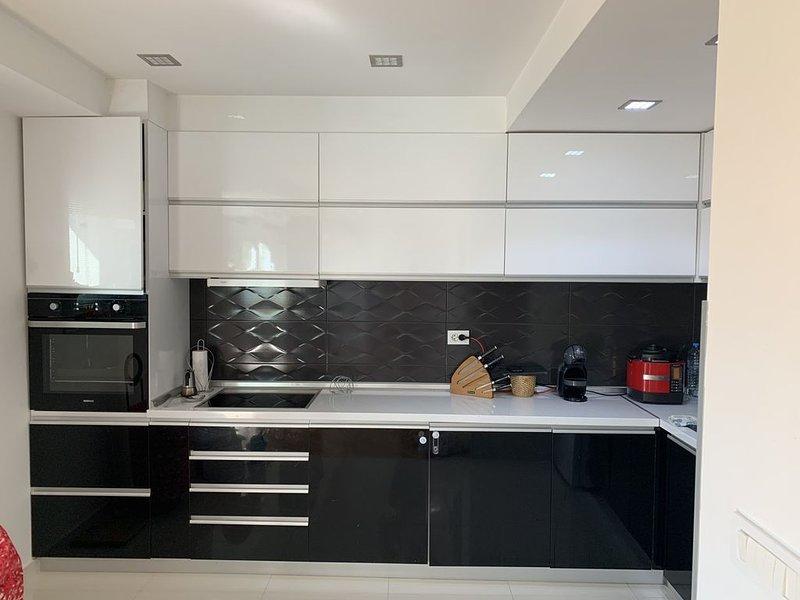 Luxury Suites MARKOV, casa vacanza a Bitola