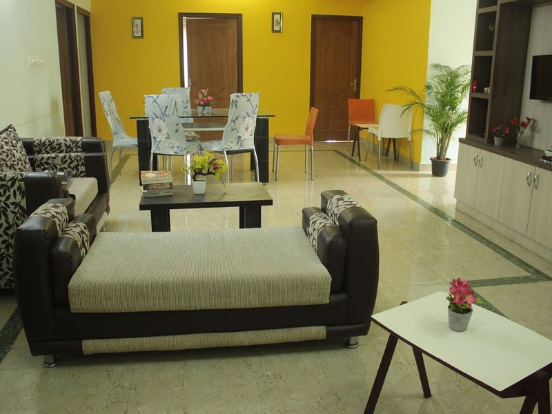DivBnB : Entire 3 BHK home in whitefiled, holiday rental in Hosur
