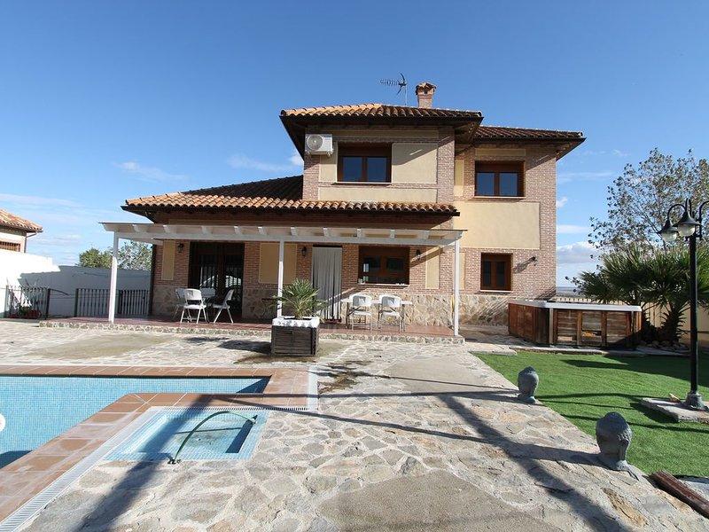 CASA JARDIN PARQUE WARNER, vacation rental in San Martin de la Vega