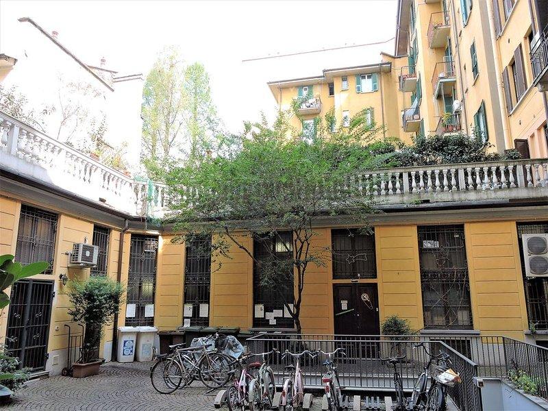 Charming Apartment - Central Station, casa vacanza a Pasturago