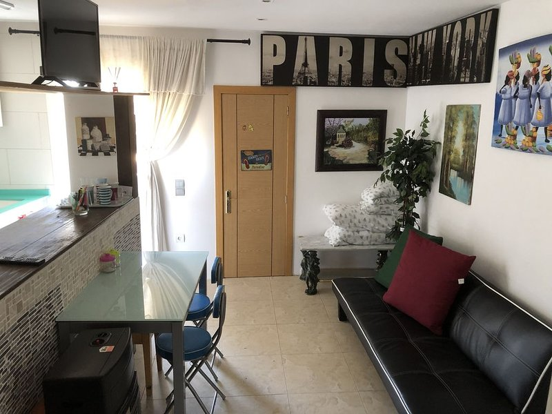 Confortable Apartamento en Zaragoza, holiday rental in Alcala de Ebro