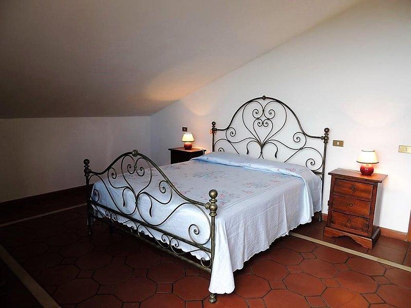 Ruhig gelegenes Hausteil  Garten mit Grill, Terrasse mit Meerblick, Parkplatz, holiday rental in Ripa-Pozzi-Querceta-Ponterosso