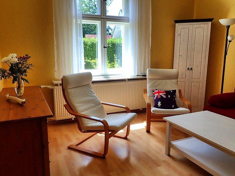 Idyllisches Haus mit Garten am Stadtrand von Berlin, aluguéis de temporada em Hennigsdorf