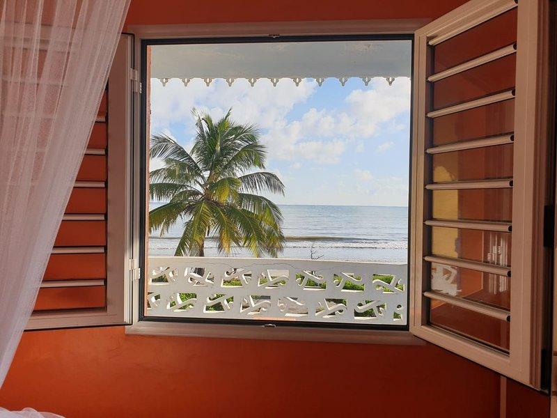 APPT. FACE A LA MER , WIFI,CLIMATISATION, alquiler de vacaciones en Le Vauclin