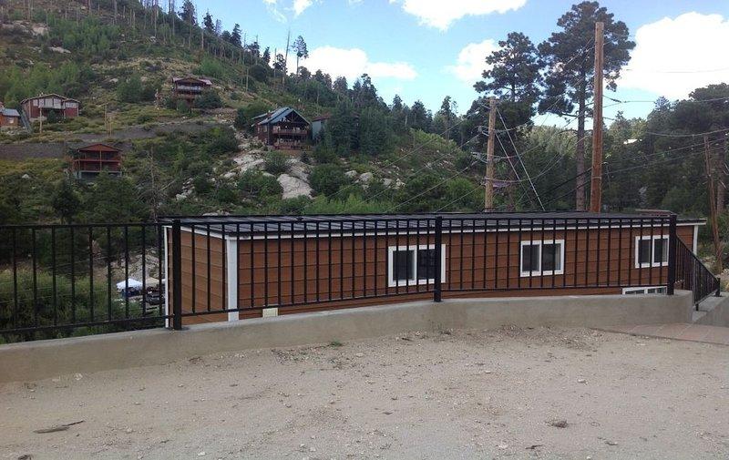 Original Mt. Lemmon Tiny Home     ., holiday rental in Mount Lemmon
