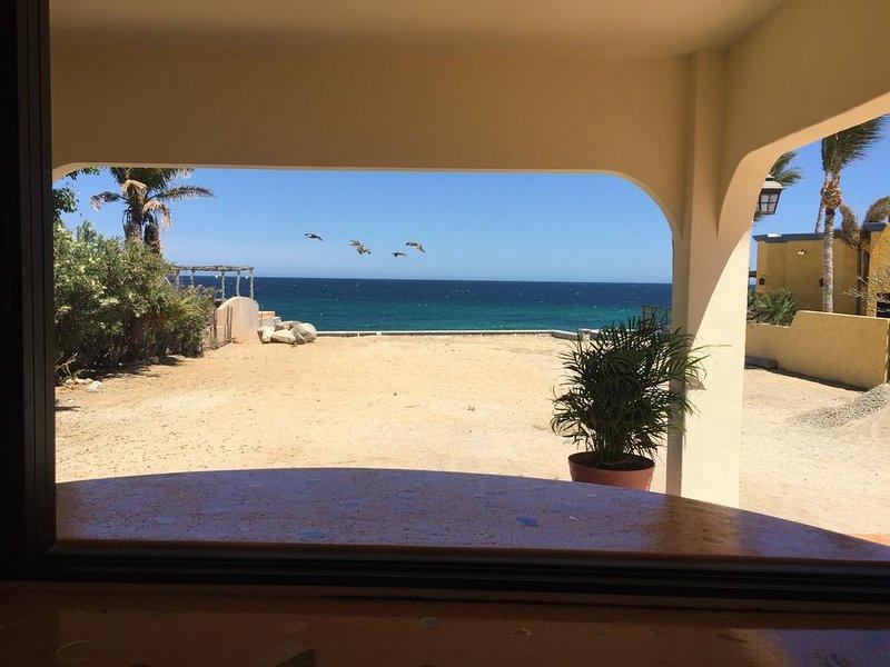 Private bungalow on a quiet beach - 1 bedroom, aluguéis de temporada em Los Barriles