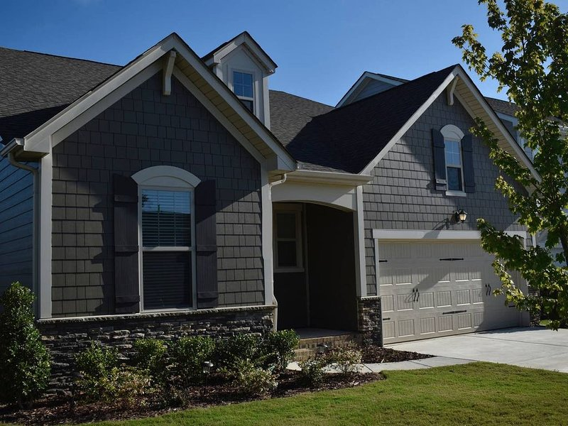 New Construction Close To Everything, holiday rental in Matthews