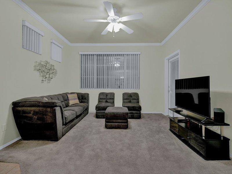 Resort style living!, holiday rental in Mesa