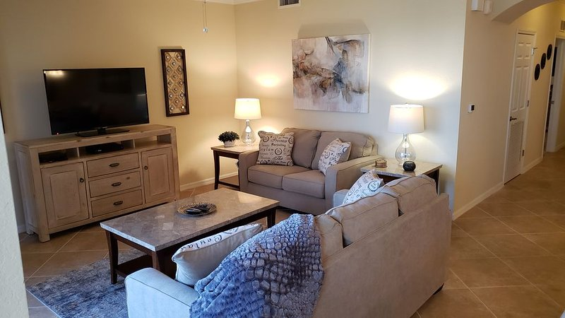 Two Bedroom Condo with Best View in Bonita National, holiday rental in Immokalee