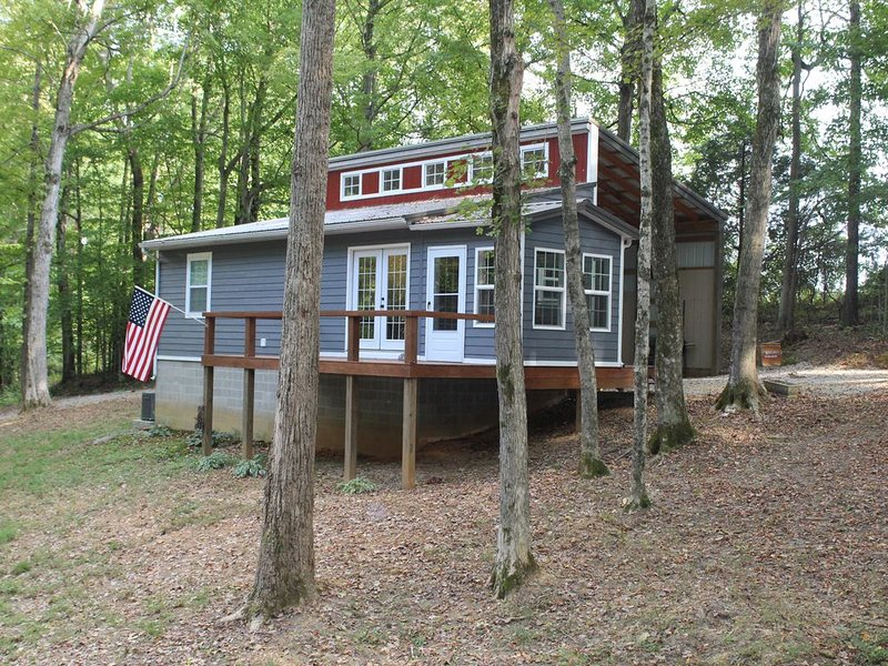 Simply Sailing - A Cottage In The Trees, holiday rental in Alvaton