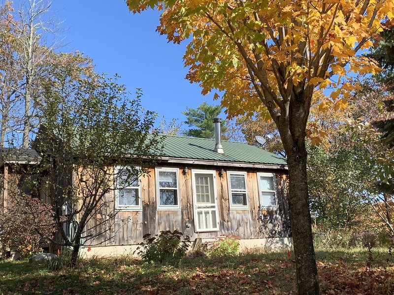 Cottage Country Get Away, alquiler de vacaciones en Harrisville