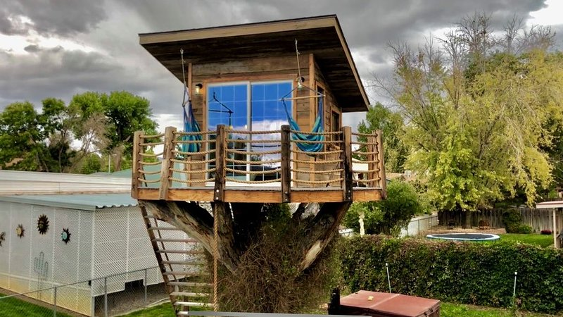Rustic Tree House in the middle of town, alquiler vacacional en Montrose