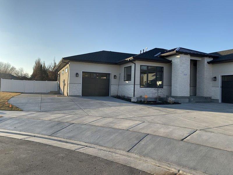 Luxurious Private Apartment in South Jordan, Utah, alquiler vacacional en Erda