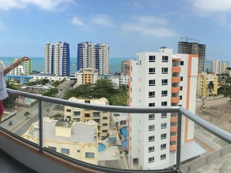 Departamento en piso 11 con terraza, aluguéis de temporada em Província de Esmeraldas