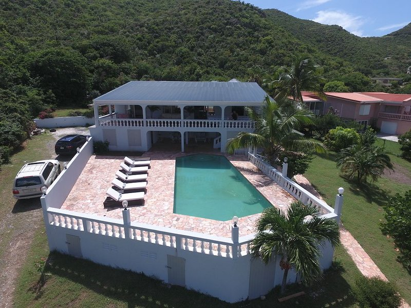 Secluded with a Caribbean view! – semesterbostad i Philipsburg