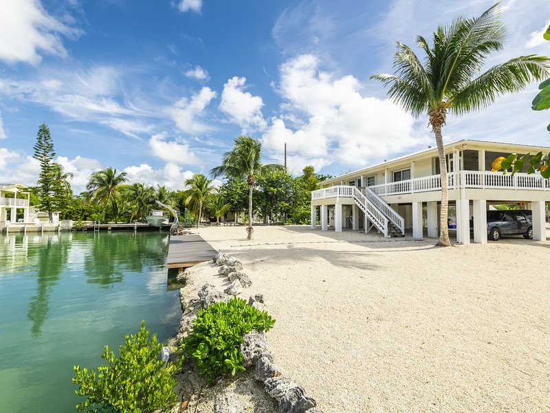 Canalfront Home - The Perfect Keys Getaway!, holiday rental in Sugarloaf Key