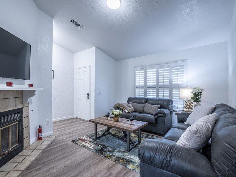 ☀️SACTO SUNNY HOUSE ☀️, holiday rental in Walnut Grove
