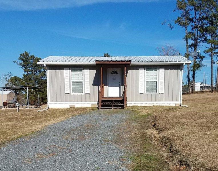 Cabin in South Toledo Bend, alquiler vacacional en Burkeville
