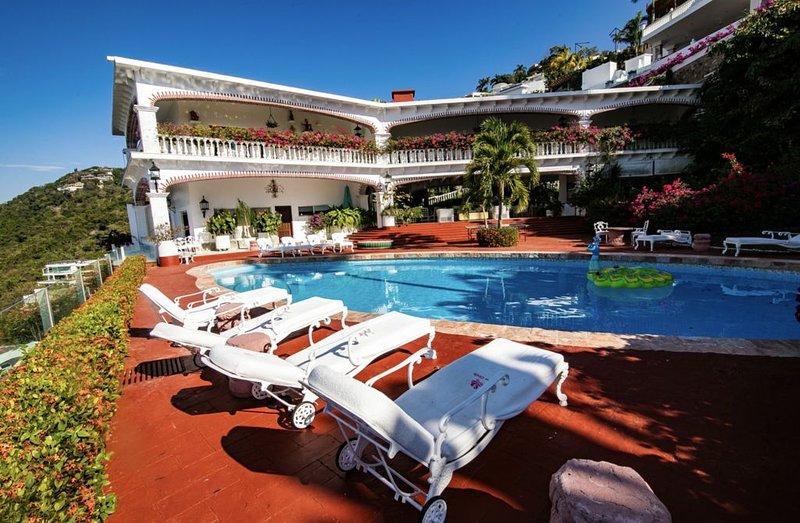 Luxury Villa Rental with The Best views in Las Brisas, Acapulco Mexico, holiday rental in El Marques