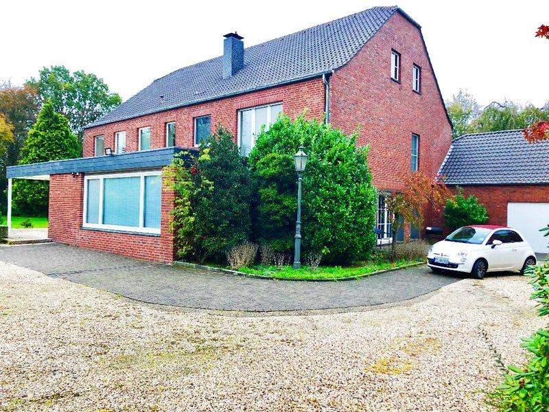 Ferienhaus EMG Kempen Venlo, Alleinlage nahe Düsseldorf, große Familien Gruppen, holiday rental in Krefeld