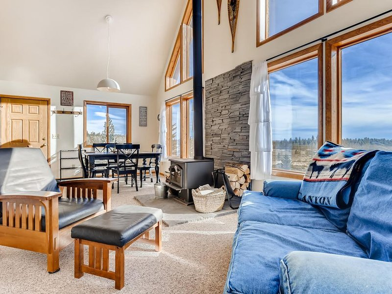 Pet Friendly,Family Friendly,Mountain Views,Central Location- Aspen Acres., holiday rental in Fairplay