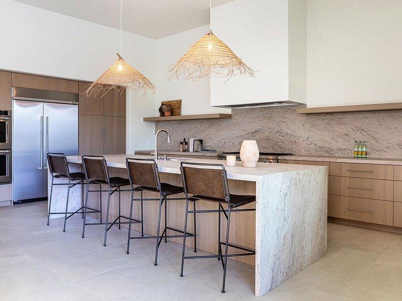 Casa Agave - Chic Adobe-Style Desert Retreat, alquiler de vacaciones en La Quinta