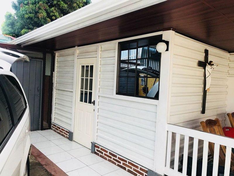 Habitación Económica,  Cómoda y Segura, alquiler vacacional en Departamento de Managua