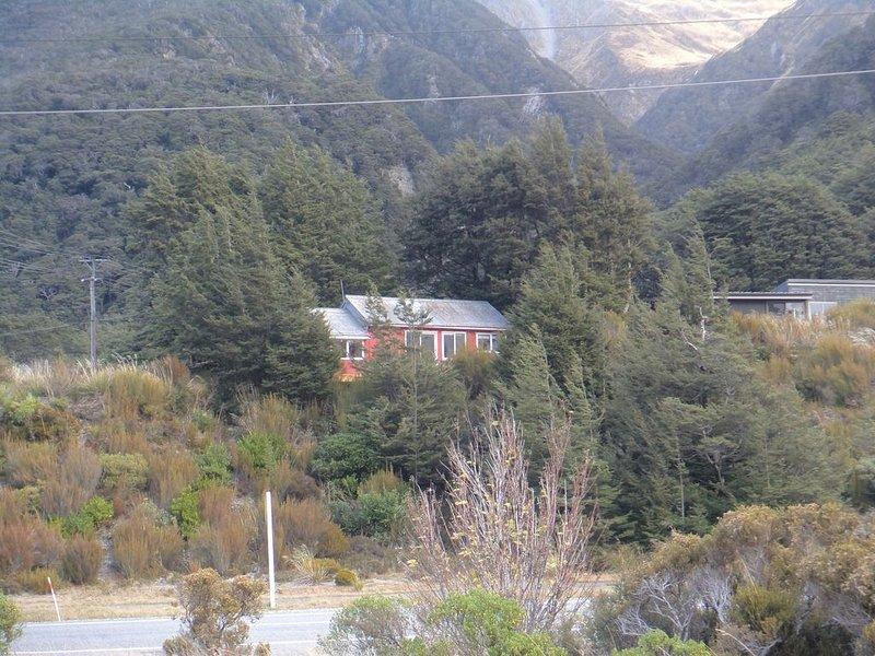 Mountain Village Retreat, holiday rental in Otira
