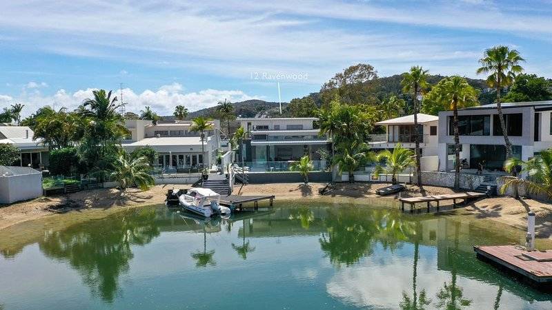 Go with the flow, Noosa Sound, holiday rental in Tewantin