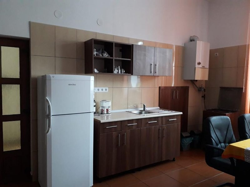 Private Central Sibiu's New Apartment, holiday rental in Vale