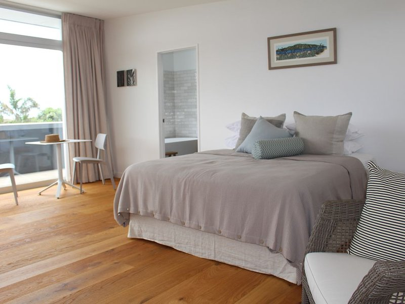 Brand new luxury sea view  apartment, holiday rental in Whangarei Heads