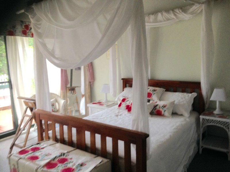 A cosy retreat among the tree tops, holiday rental in Engadine