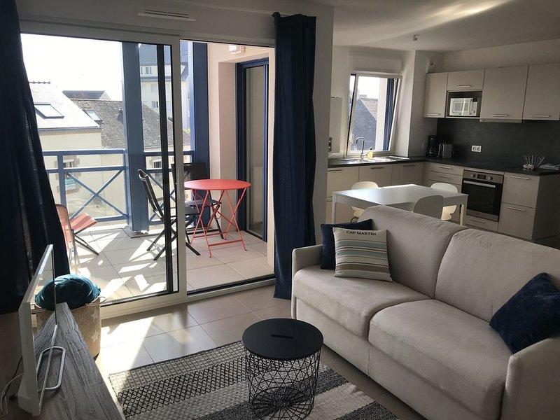 Neuf et Haut de Gamme au coeur du Pouliguen, boutiques, port et plage à pied, holiday rental in Saille