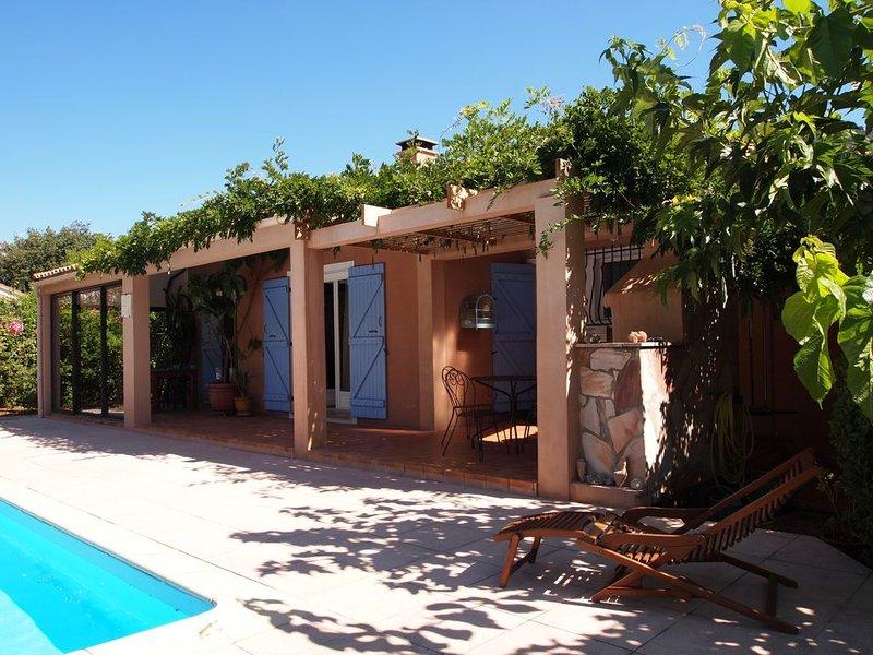 Confortable Maison de 160 m2 avec piscine privée entre mer, montagne et rivière, holiday rental in Zonza