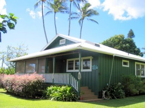 Charming Cottage ........, holiday rental in Kalaheo