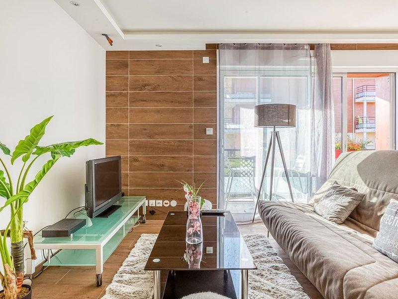 Cosy Geneva - Une Chambre Appartement, Couchages 6, location de vacances à Bellegarde-sur-Valserine