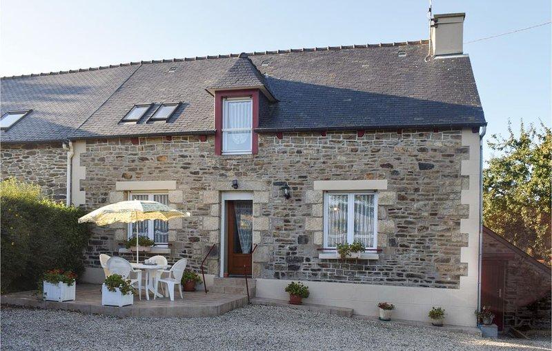 3 Zimmer Unterkunft in Plouguenast/Langast, Ferienwohnung in La Motte