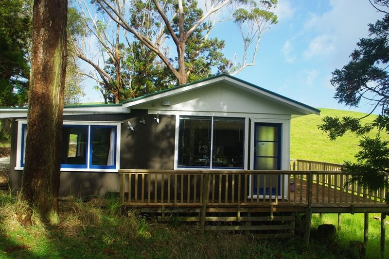 private cottage in a peaceful setting, holiday rental in Kaiwaka