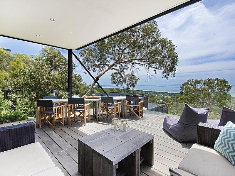 Above it All - Peninsula Escape - Architect's Delight - awarded escape, holiday rental in McCrae