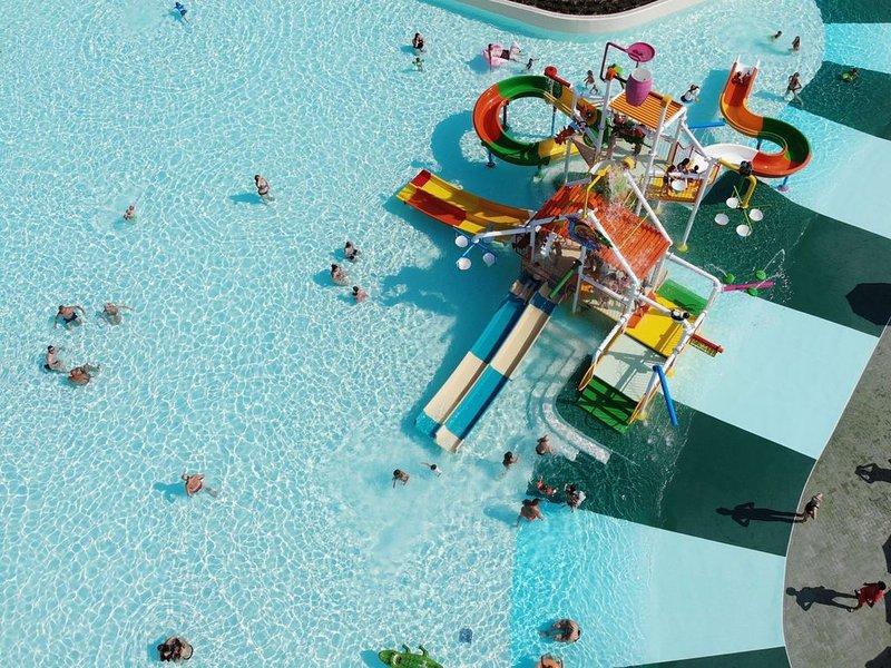2-Italien-Bardolino-Feriendorf-Cisano-Pool-002