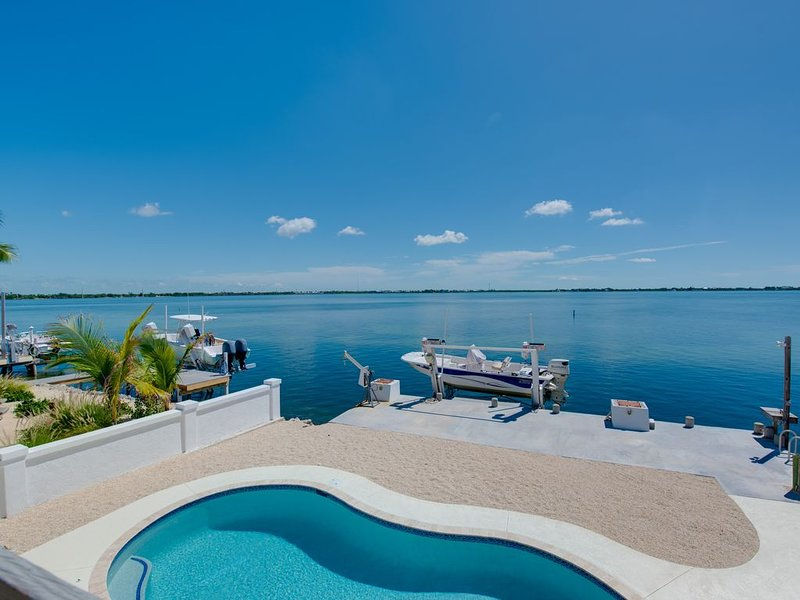 Open Water Home with Pool !, holiday rental in Ramrod Key