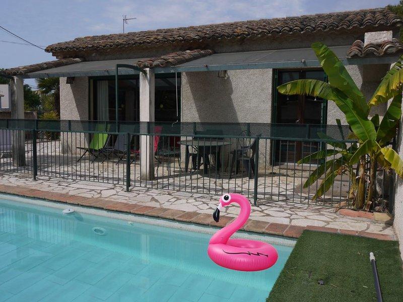 Villa tout confort *** ,  plain-pied, piscine privée clôturée, 10 mn de la mer, holiday rental in Florensac