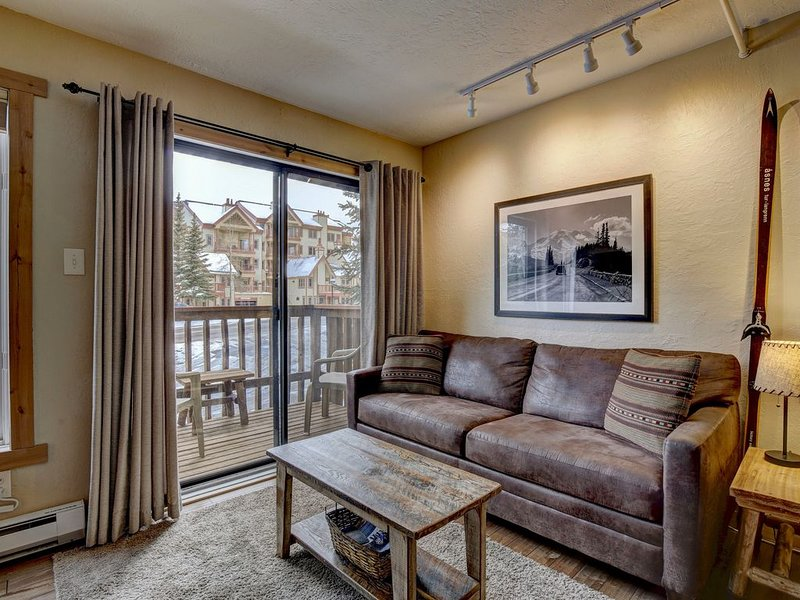 Ski-in/200 Steps To Lift, Studio, Perfect for couple or young family., vacation rental in Breckenridge